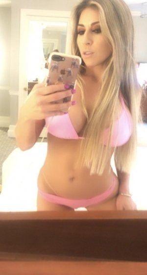 Stefanie sex contacts in Woodridge IL